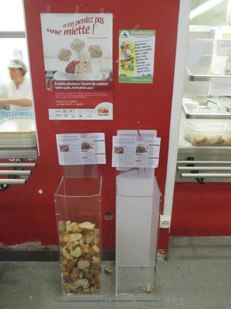 Au Lycée Rebberg, on mesure le pain gaspillé...